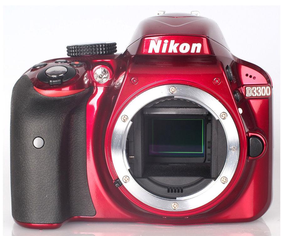 D3300 Body, red - (24.7 млн, 1920x1080, 5 кадр./сек, 921000 точек, 3 дюйма)