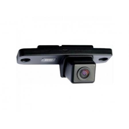 InCar VDC-082 для KIA Sportage (2010) - Установка - вместо штатной подсветки номерного знака; Дисплей - автомагнитола или штатное головное