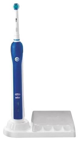 Oral-B Professional Care 3000 - (обычная; 8800 направленных движений в минуту, 40000 пульсаций в минуту; насадок 3; питание от аккумулятора, время работы 30 мин.; подставка с держателями для доп. насадок)