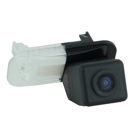 Intro VDC-091 для Mercedes B200, A160 - Установка - вместо штатной подсветки номерного знака; Дисплей - автомагнитола или штатное головное