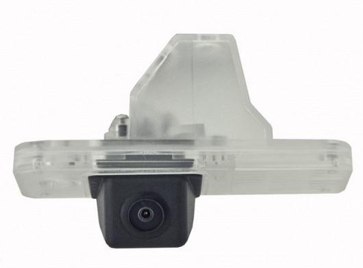 Incar VDC-104 для Hyundai Santa Fe (2012) - Установка - вместо штатной подсветки номерного знака; Дисплей - автомагнитола или штатное