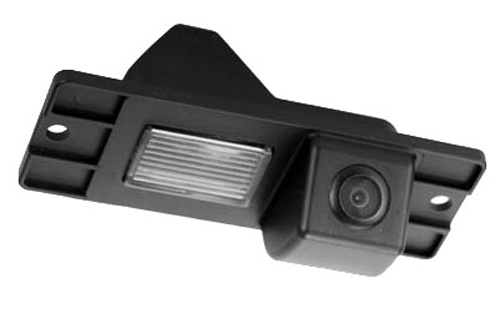 Incar VDC-014 для Mitsubishi Pajero IV - Установка - вместо штатной подсветки номерного знака; Дисплей - автомагнитола или штатное