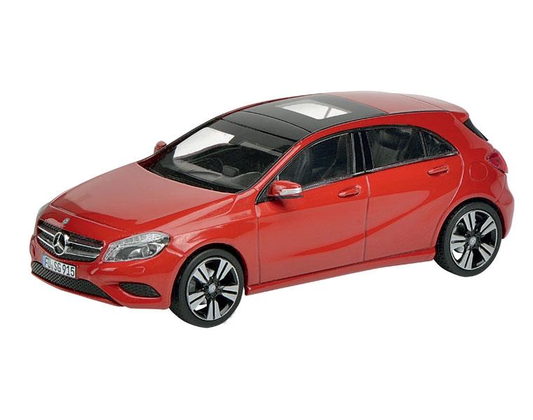 Машинка Schuco Mercedes-Benz A-Class W176, red
