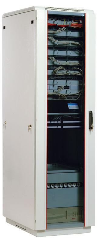 ЦМО ШТК-М-47.6.8-1ААА - (47U; 19''; IP20; ВШГ 2250 x 600 x 820 мм; полезн.глубина 680 мм; нагр.до 650 кг • дверь№1 - металл, тонированное ударопрочное стекло; дверь№2 - отсутствует, заменена металлической стенкой)