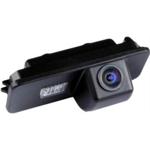 Камера заднего вида InCar VDC-048 для Skoda Fabia, Superb (с 2010 г)